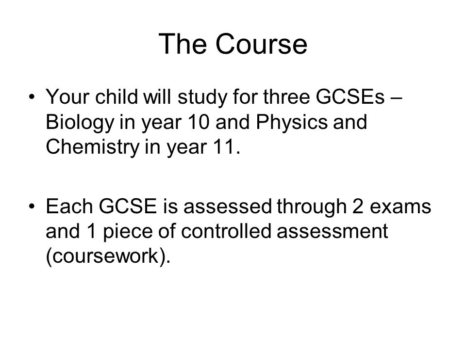 How many exams are there in the GCSE OCR Gateway Science Course (Triple)?