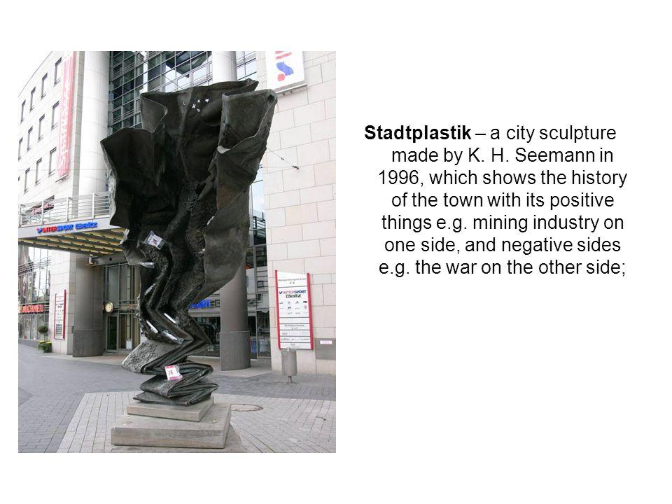 Stadtplastik – a city sculpture made by K. H.