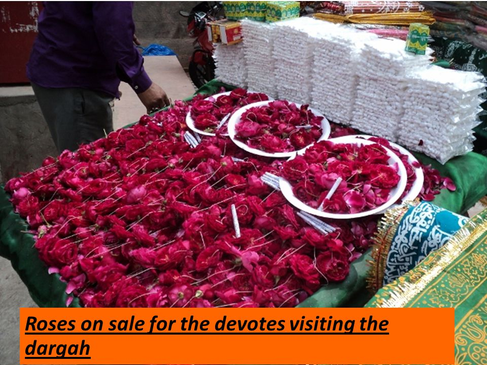 Roses on sale for the devotes visiting the dargah