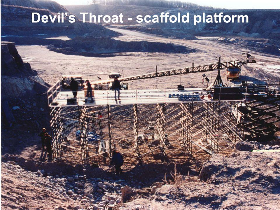 9 Devils Throat - scaffold platform