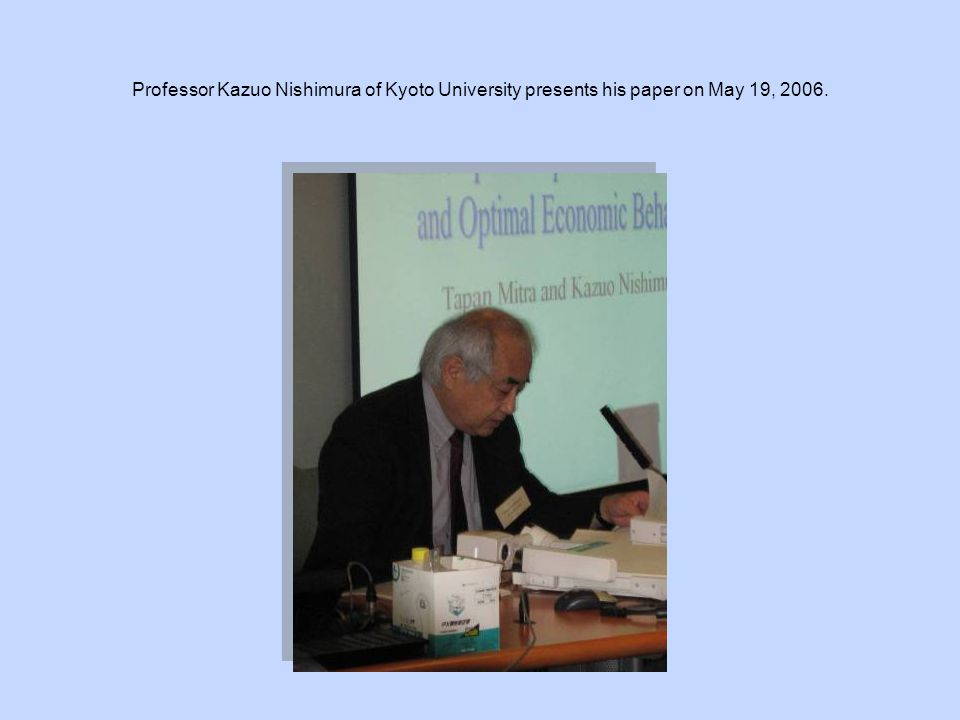 Professor Kazuo Nishimura of Kyoto University presents his paper on May 19, 2006.