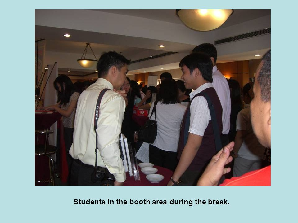 Students in the booth area during the break.