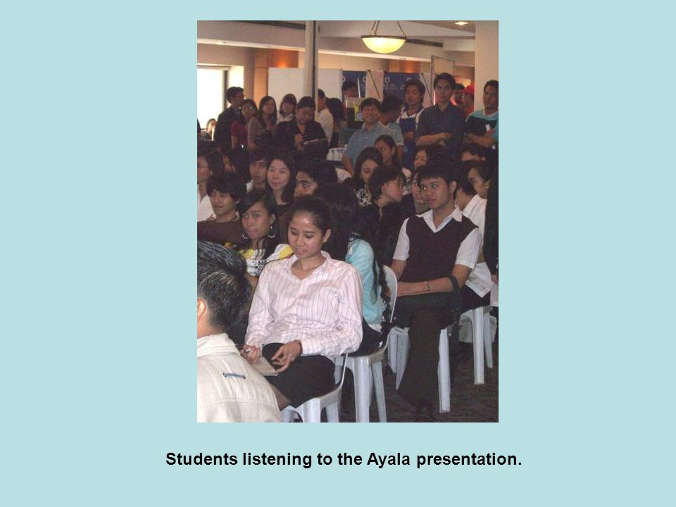 Students listening to the Ayala presentation.