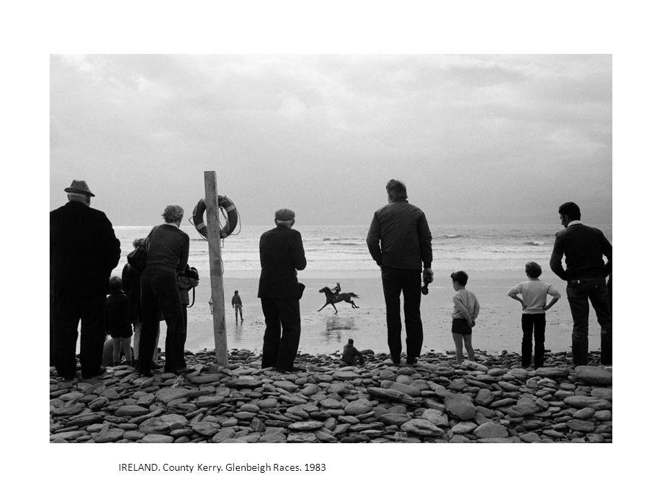 IRELAND. County Kerry. Glenbeigh Races. 1983