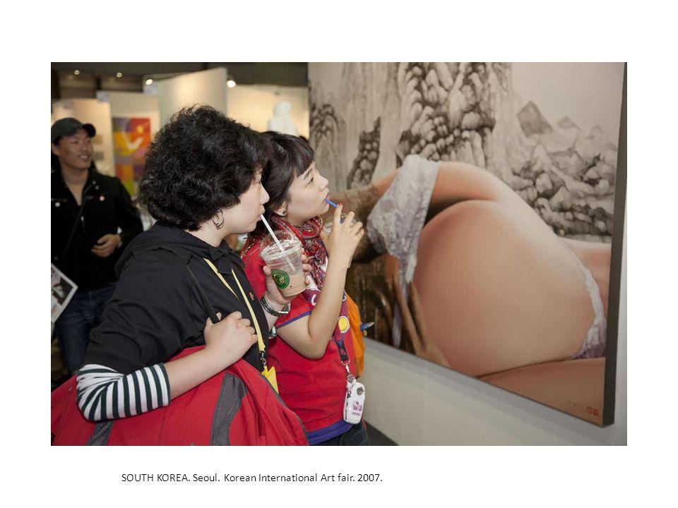 SOUTH KOREA. Seoul. Korean International Art fair. 2007.