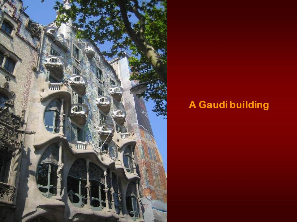 La Sagrada Familia - Gaudi s most famous work, it remains unfinished
