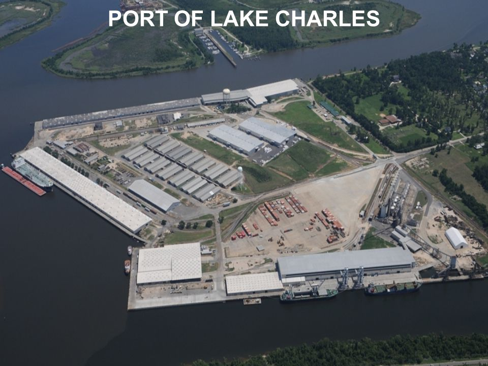 CITY DOCKS 11 USAID/USDA approved transit sheds 13 Ship Berths 1.3 million square feet waterfront storage 600,000 square feet of warehousing behind the waterfront Vegetable oil packaging plant Automated Bag Handling Facility Public Grain Elevator