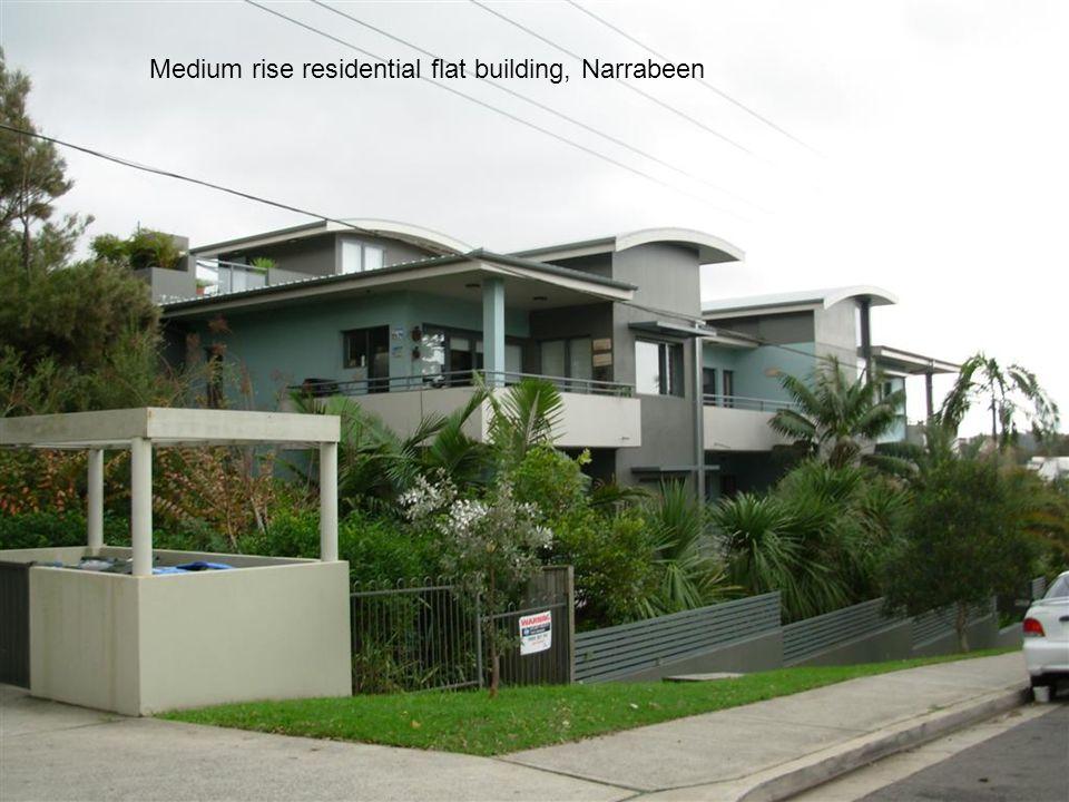 Medium rise residential flat building, Narrabeen