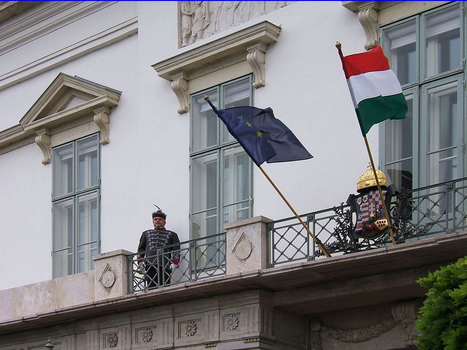 9/21/2008 Presidental House, Hungary1 Presidential Residence Budapest (Sándor Palota) A lot of public building was opened a couple of days in the occasion of the day of Hungarian Cultural Heritage.