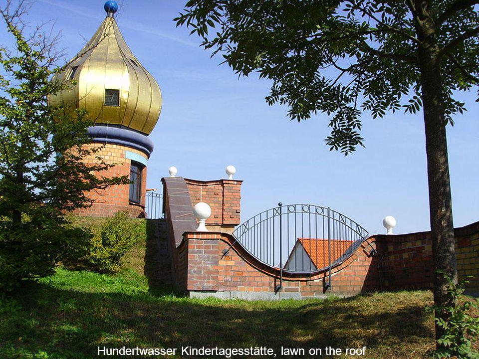 Hundertwasser Kindertagesstätte (kindergarten - lounge ) Frankfurt am Main Heddernheim, Germany