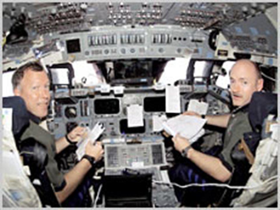 31 Shuttle pilots