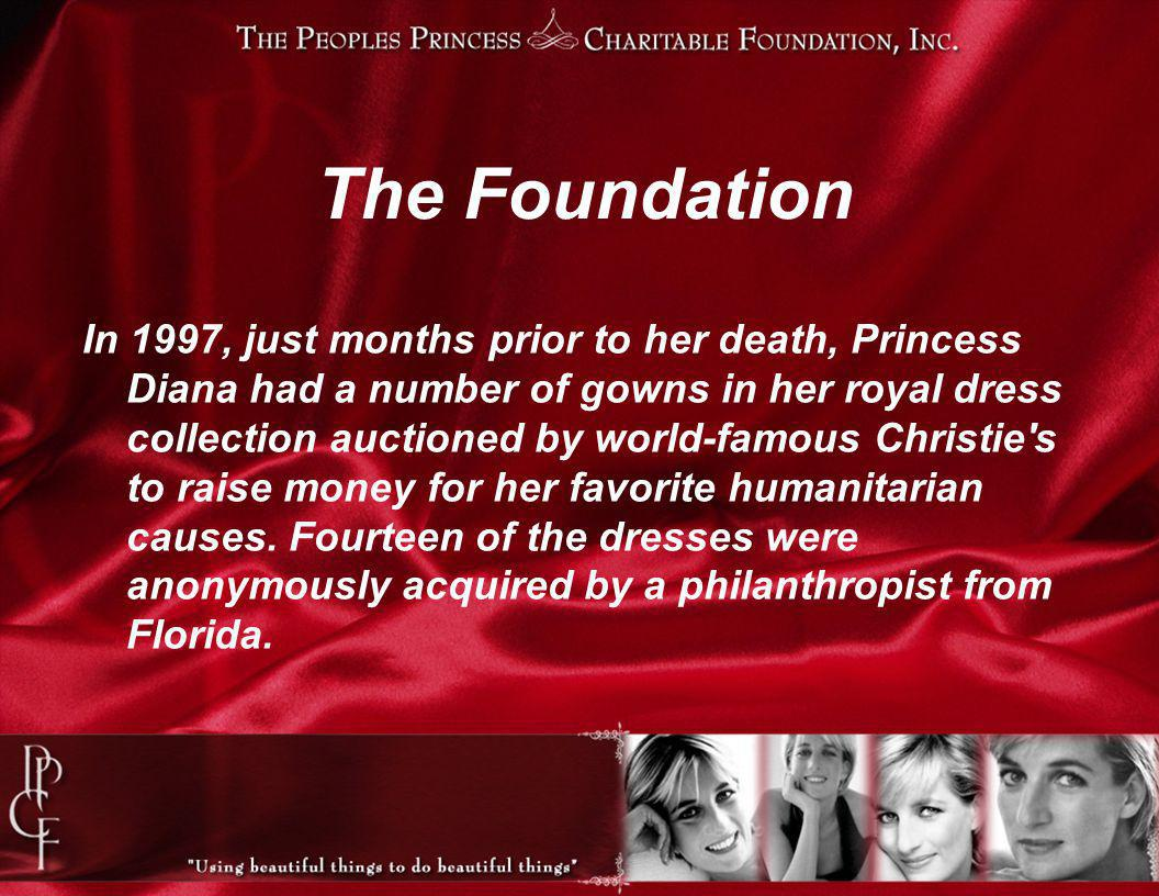 In 1997, just months prior to her death, Princess Diana had a number of gowns in her royal dress collection auctioned by world-famous Christie s to raise money for her favorite humanitarian causes.