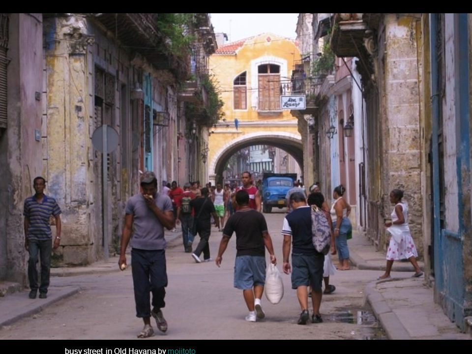 busy street in Old Havana by mojitotomojitoto