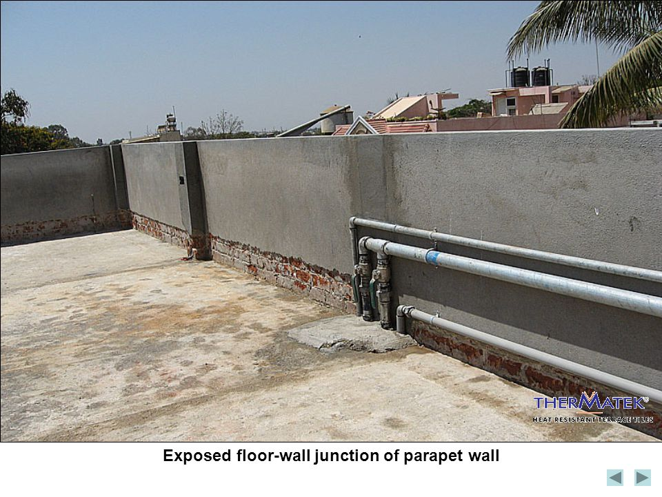 Exposed floor-wall junction of parapet wall
