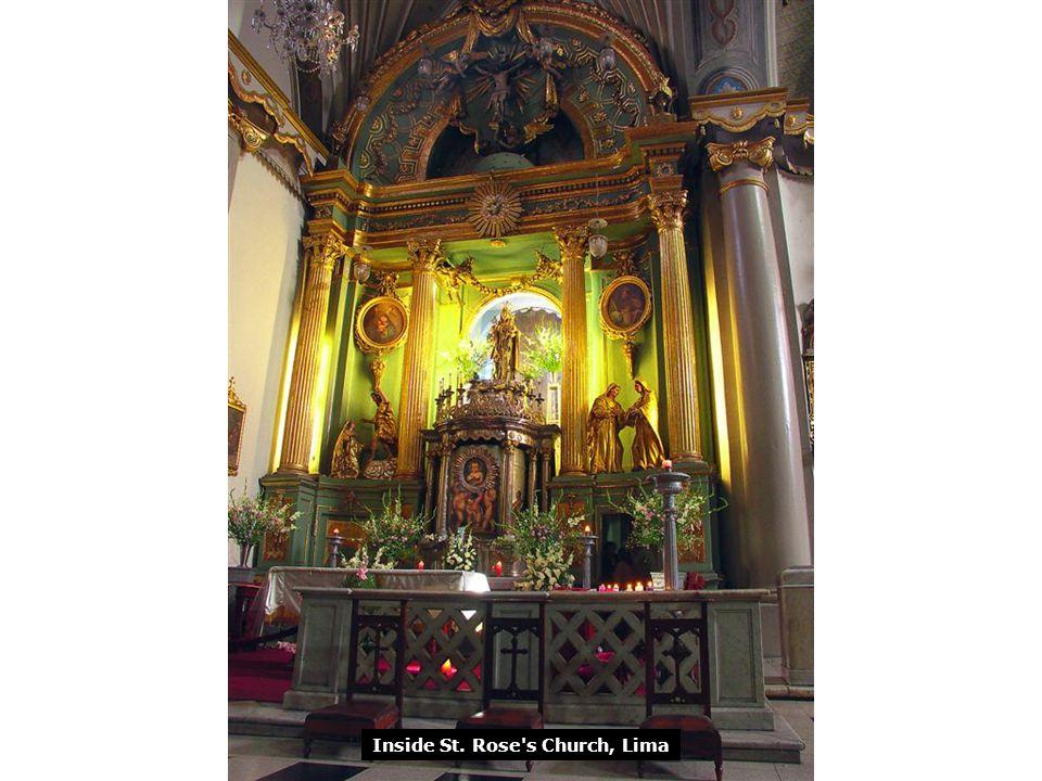 Inside St. Rose s Church, Lima