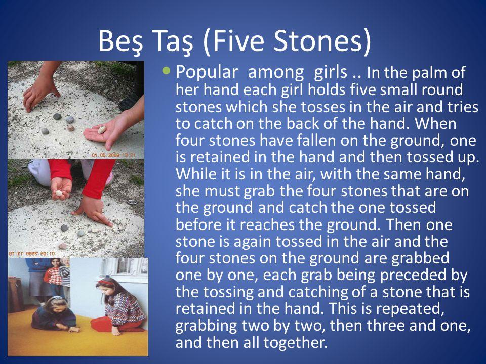 Beş Taş (Five Stones) Popular among girls..