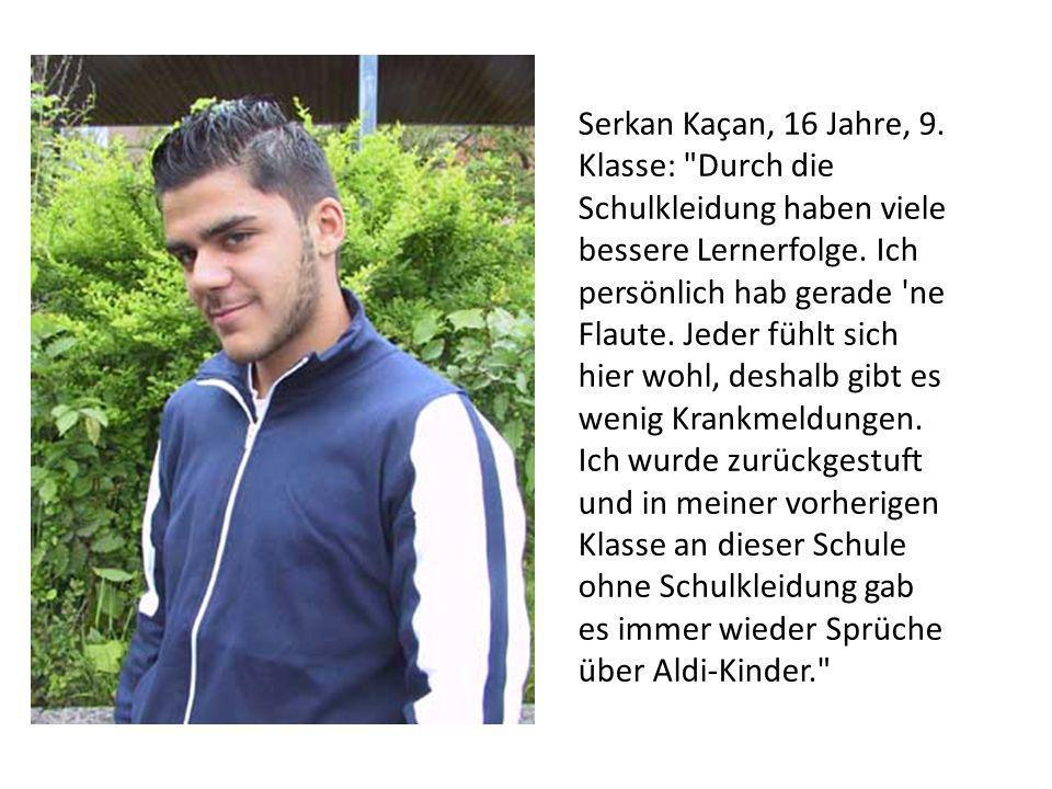 Von Christian Werner Vor fünf Jahren wurde an der Haupt- und Realschule Hamburg-Sinstorf einheitliche Schulkleidung eingeführt.