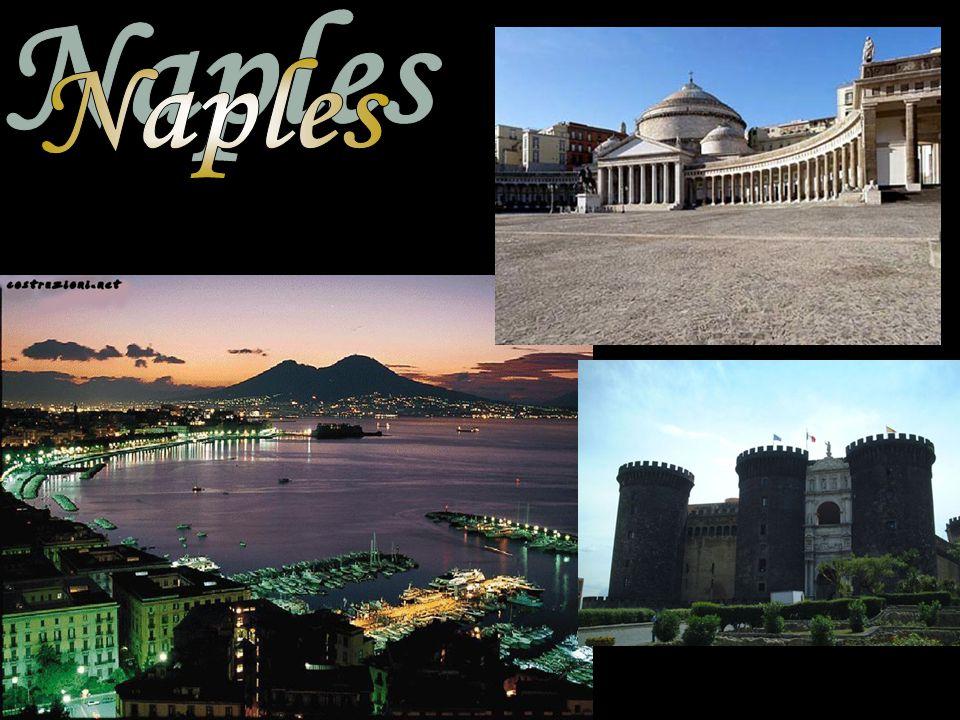 Agrigento: Valle dei Templi Catania: Etna Etna erupting