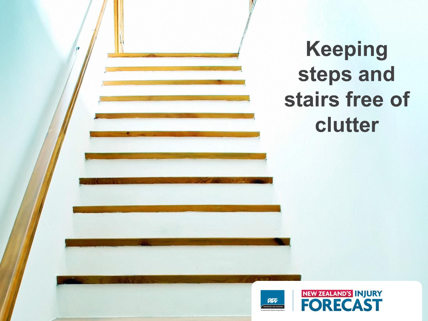 Keeping steps and stairs free of clutter