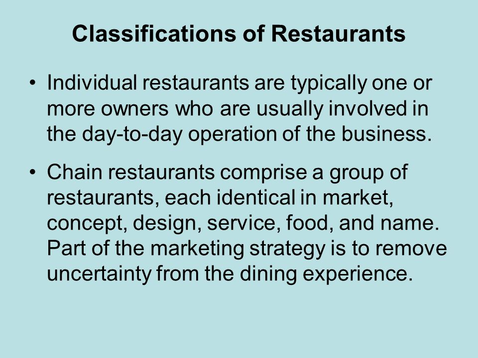 Fine Dining A fine dining restaurant is one where a good selection of menu items is offered – at least fifteen or more different entrees cooked to order and nearly all the food being made on the premises from scratch or fresh ingredients.
