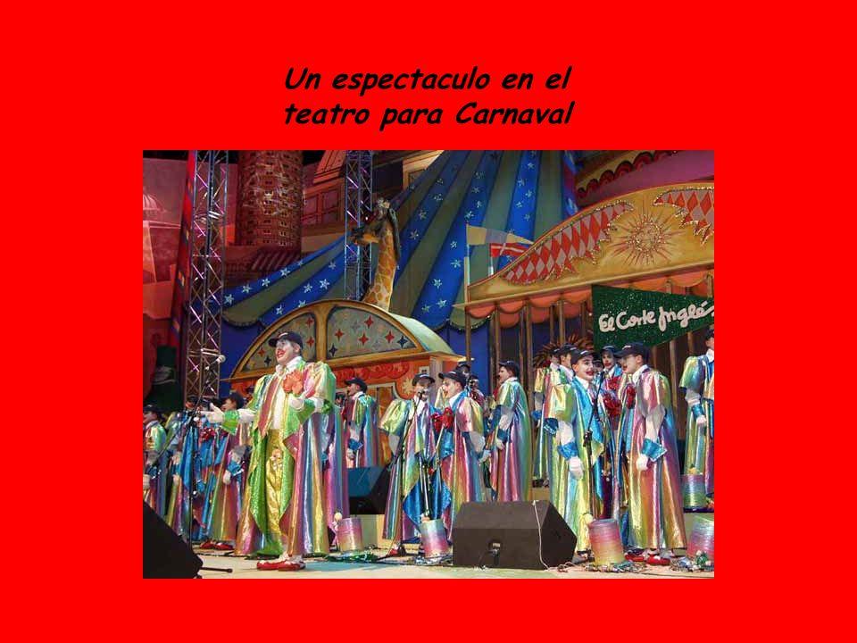 Un espectaculo en el teatro para Carnaval