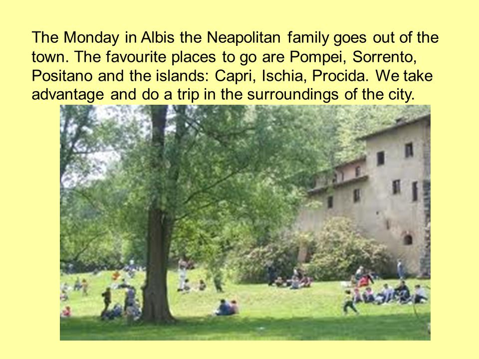 The Monday in Albis the Neapolitan family goes out of the town.