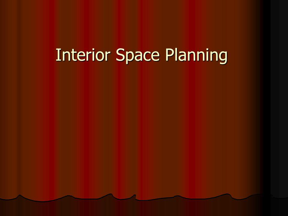 Storageplan for plenty of storage space -bedroom closets next to entrance -standard vs.