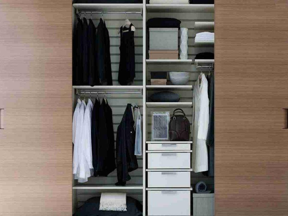 We offer wide range of Wardrobes to the clients.