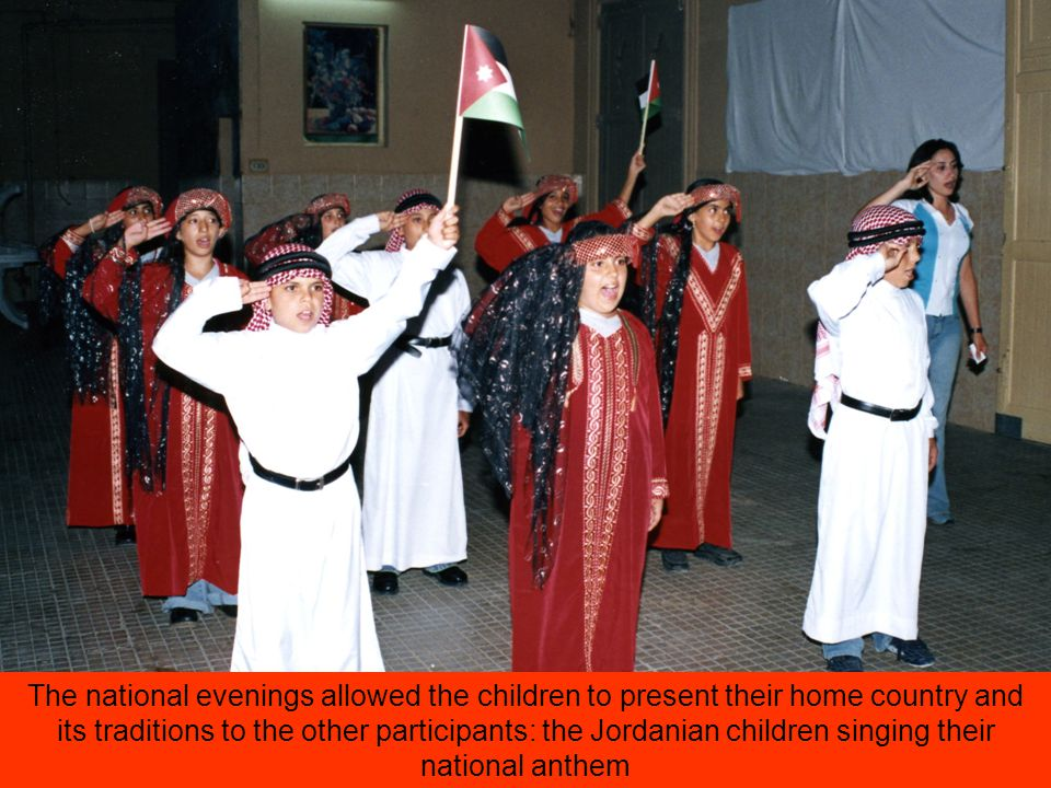 The national evenings allowed the children to present their home country and its traditions to the other participants: the Jordanian children singing