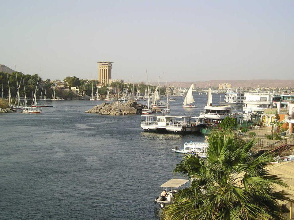 Aswan, Kitchener's Island,