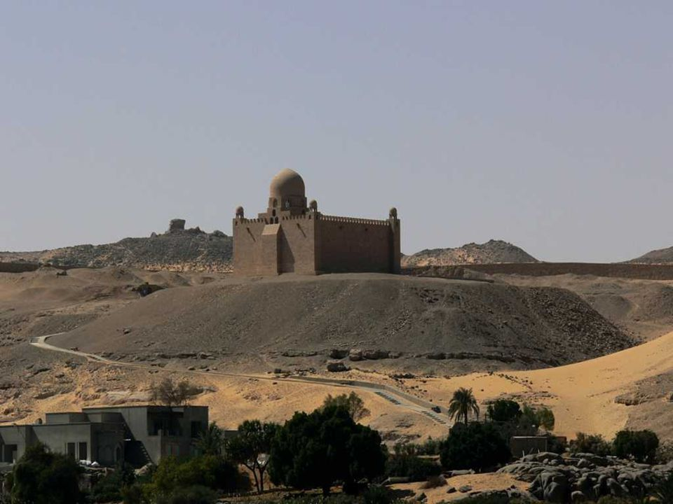 Tomb Of Aga Khan – in front of Aswan