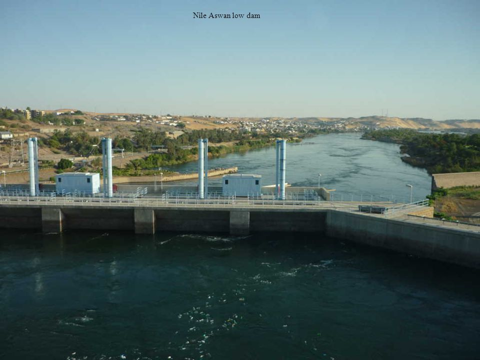 Nile first cataract low dam