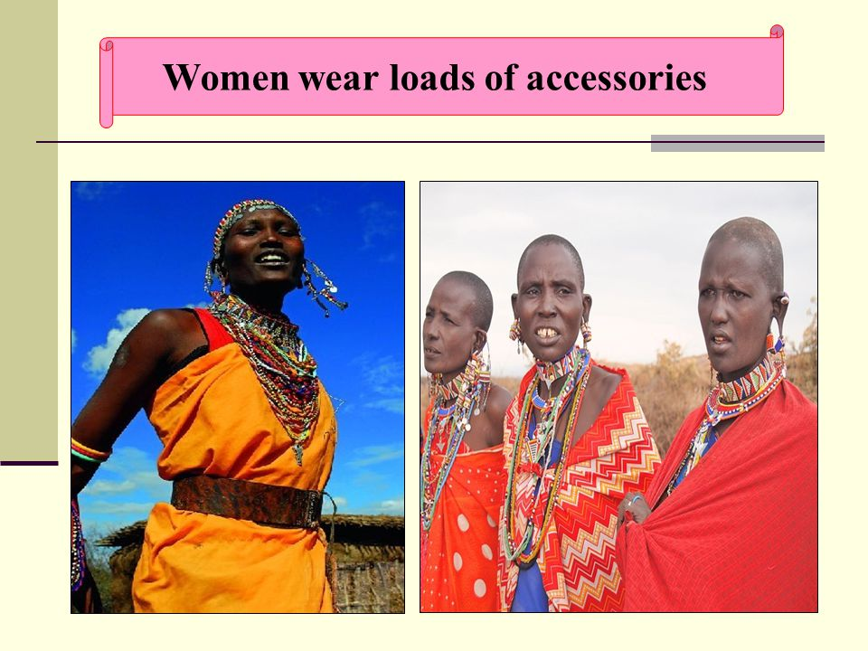 18 Women wear loads of accessories