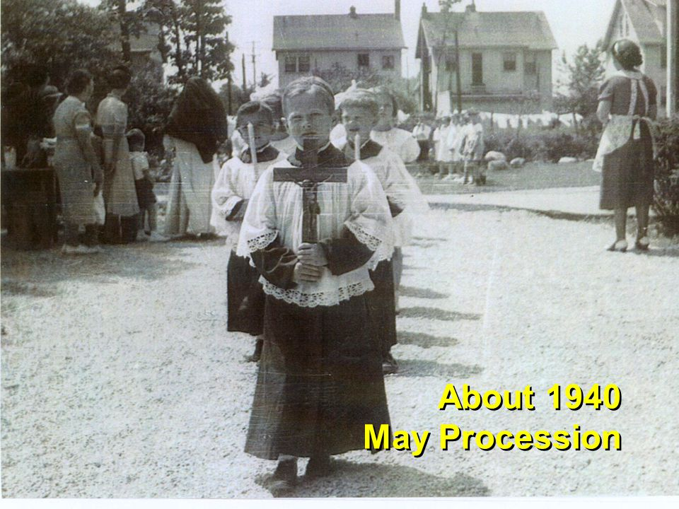 1942 Blessing of statue at old location pre-front porch