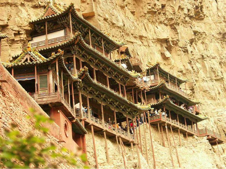 Construction experts from countries including Britain, Germany, and Italy, come to see the monastery. In their words, Hanging Monastery, which mixes m