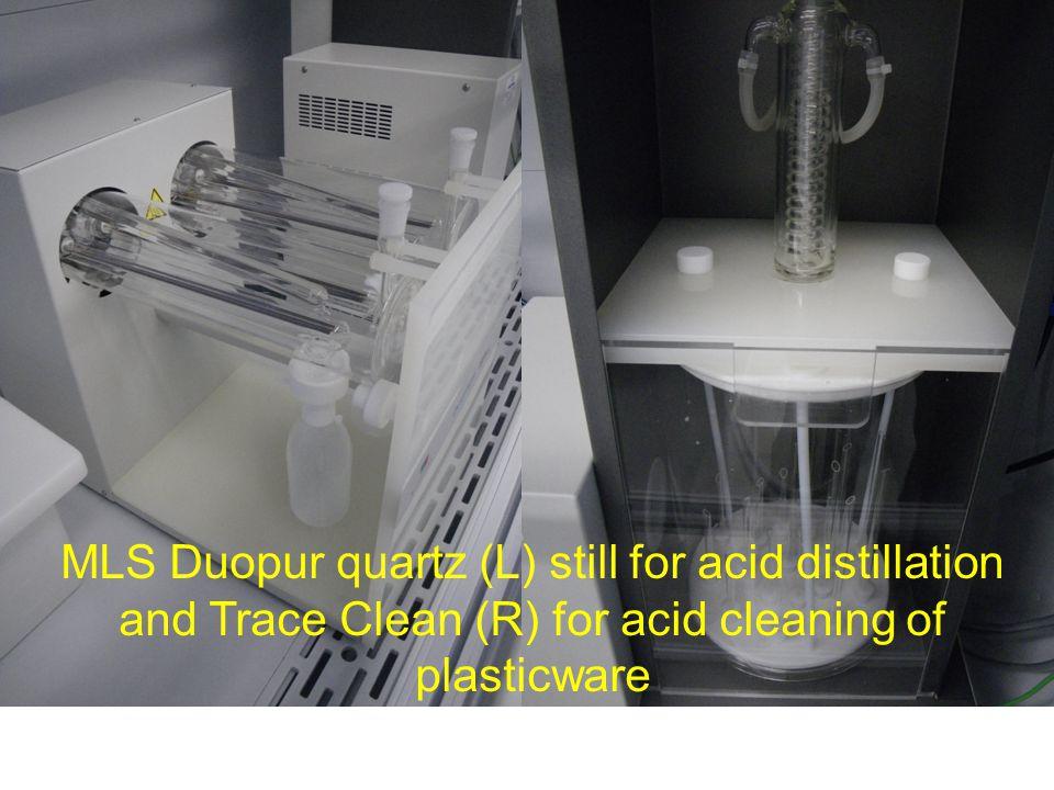 MilliQ water with dispenser in Class 100, metal-free, laminar flow, clean air cabinet
