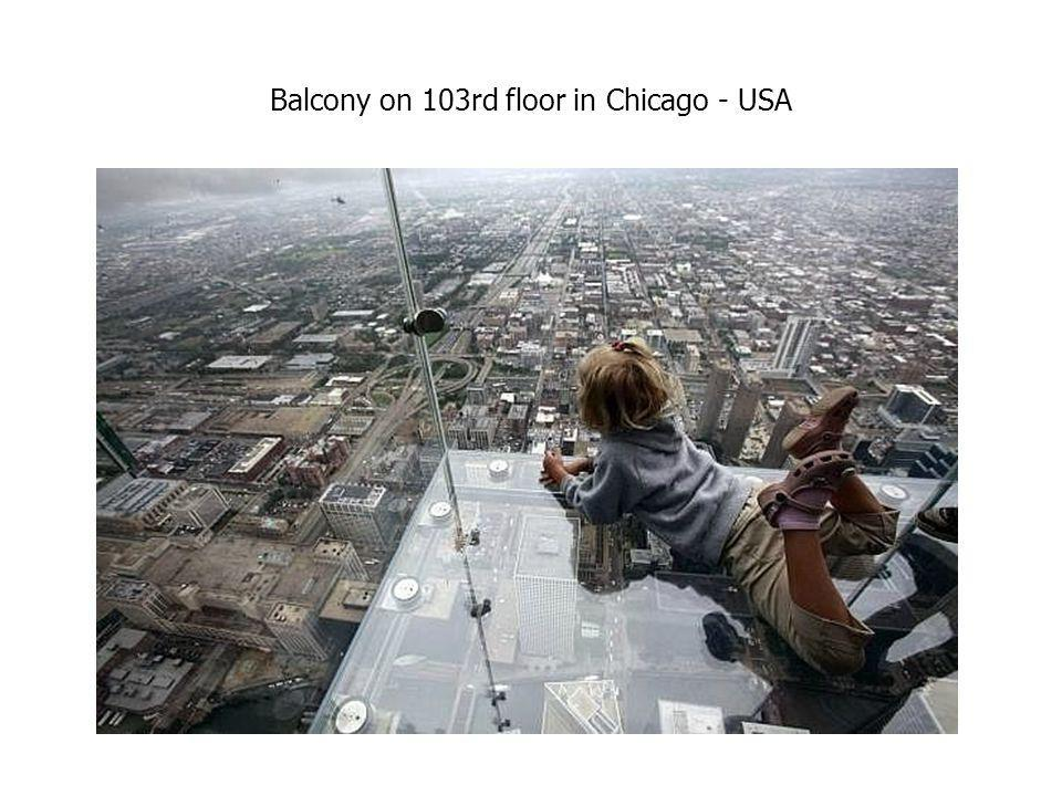 Balcony on 103rd floor in Chicago - USA