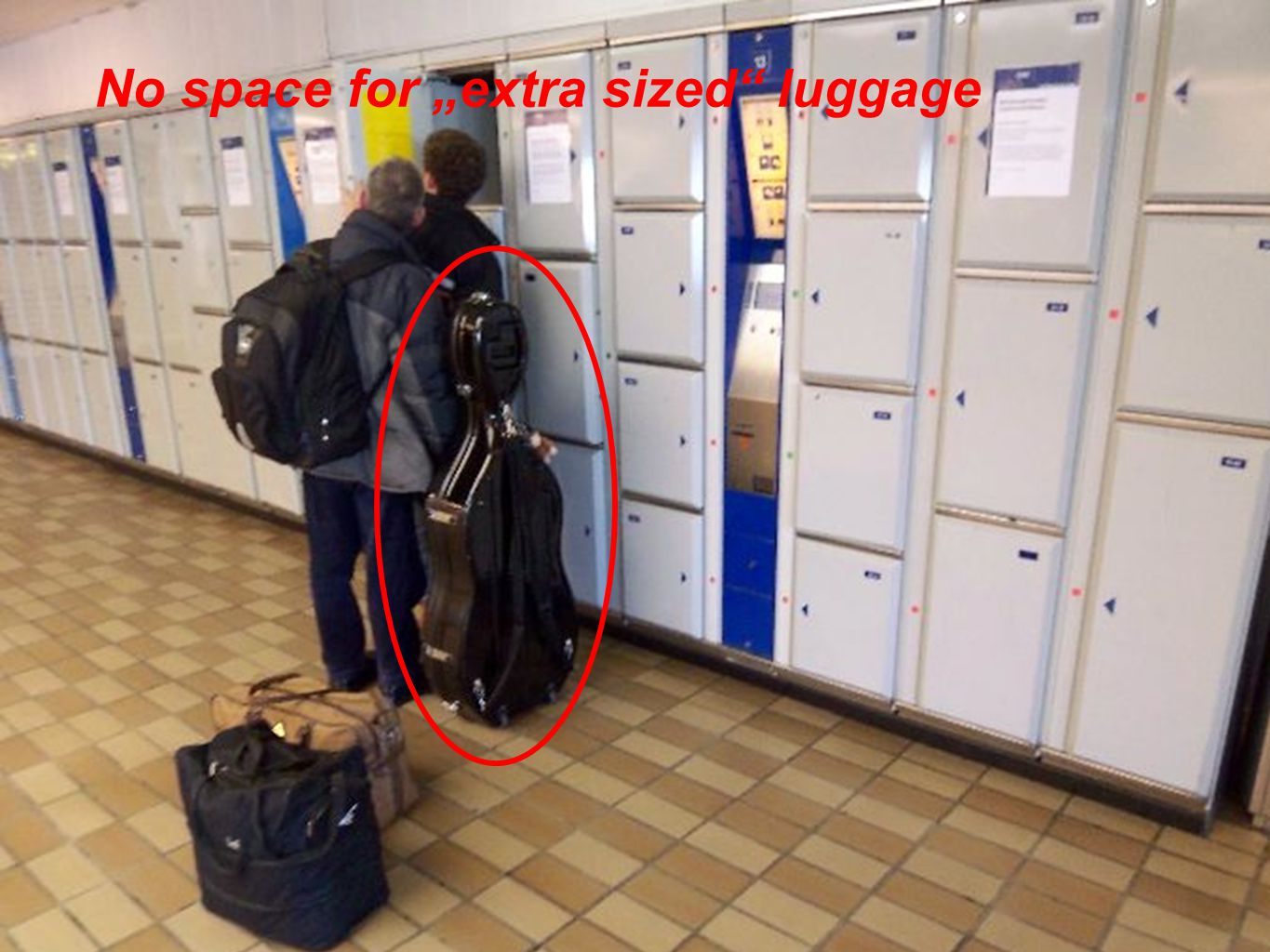 LUGGAGE LOCKERS - NEEDS AND EXPECTATION OF PASSENGERS - ZEL 2011, ZILINA JUNE 2011 No space for extra sized luggage
