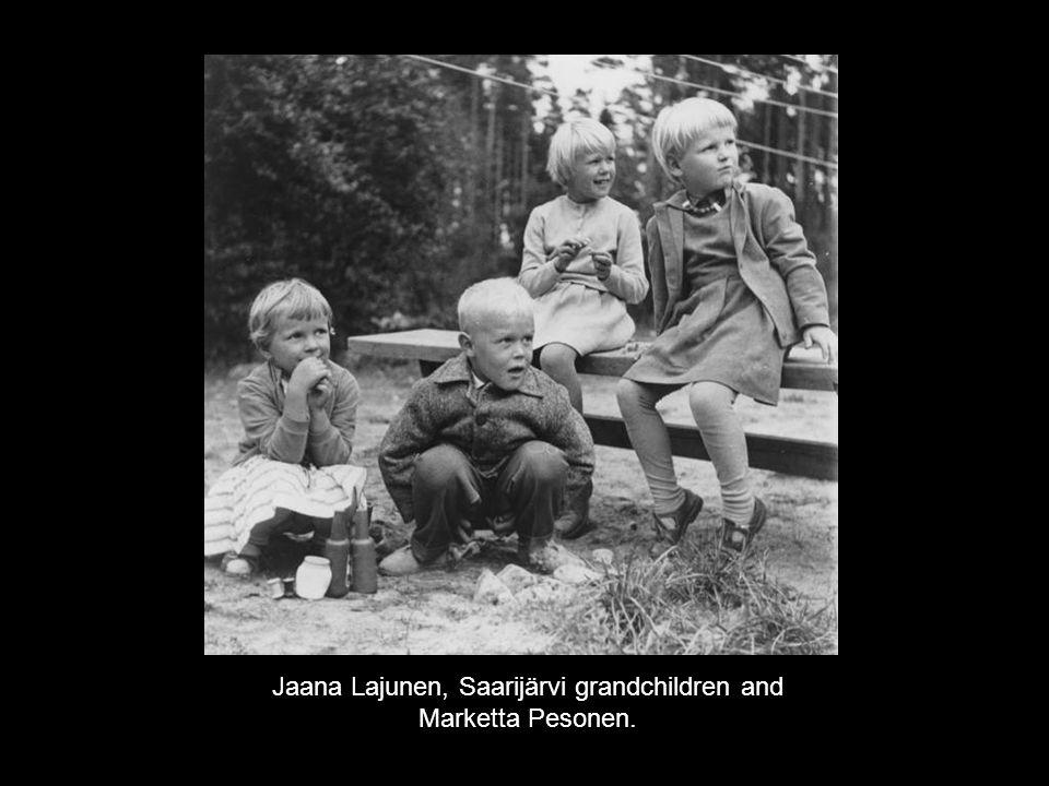 Jaana Lajunen, Saarijärvi grandchildren and Marketta Pesonen.