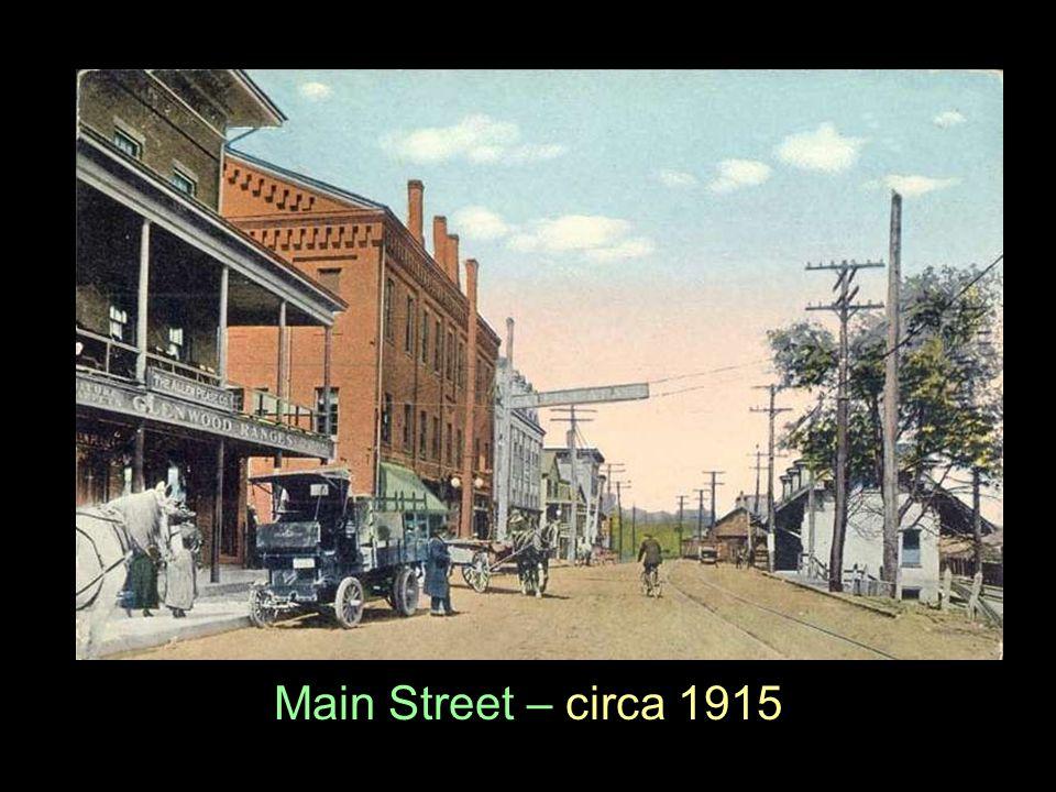 Main Street – circa 1915