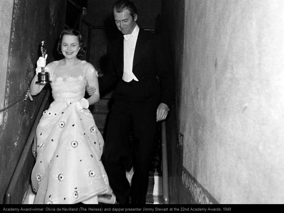 Best Supporting Actor and Supporting Actress winners Frank Sinatra and Donna Reed (both for From Here to Eternity) and their Oscars, 1954.