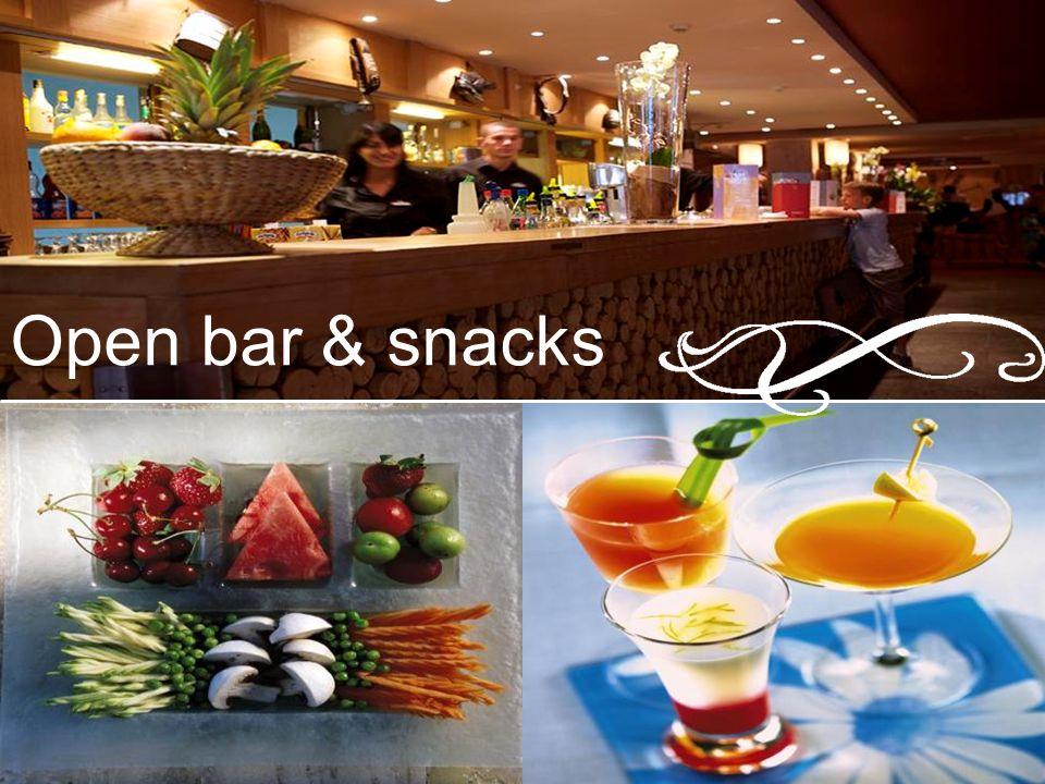 Open bar & snacks