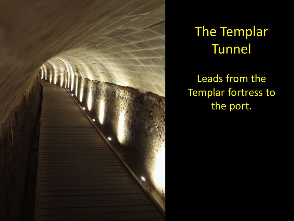 Leads from the Templar fortress to the port.