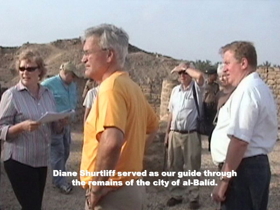 Diane Shurtliff served as our guide through the remains of the city of al-Balíd.