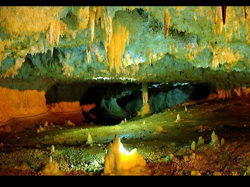 Iran: tremendous cave system Katale Khor is a cave dating back to the Jurassic period.