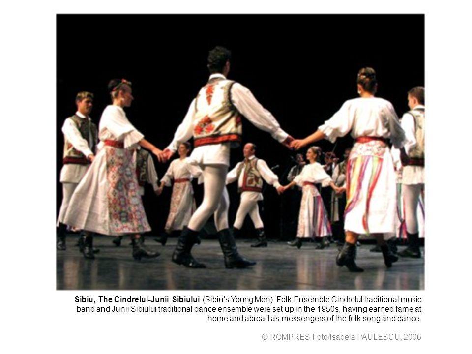 Sibiu, The Cindrelul-Junii Sibiului (Sibiu s Young Men).