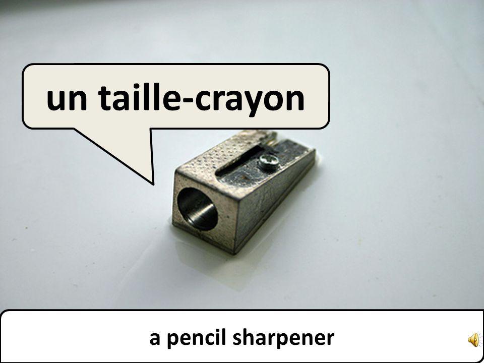 a pencil un crayon