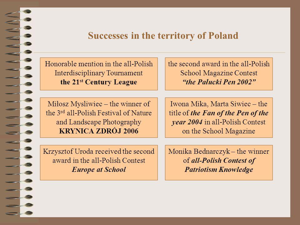 Anna Łysek, Barbara Fajfer, Karolina Uroda, Kamil Pasternak- winners in the 3rd stage of the programme My Little Fatherland