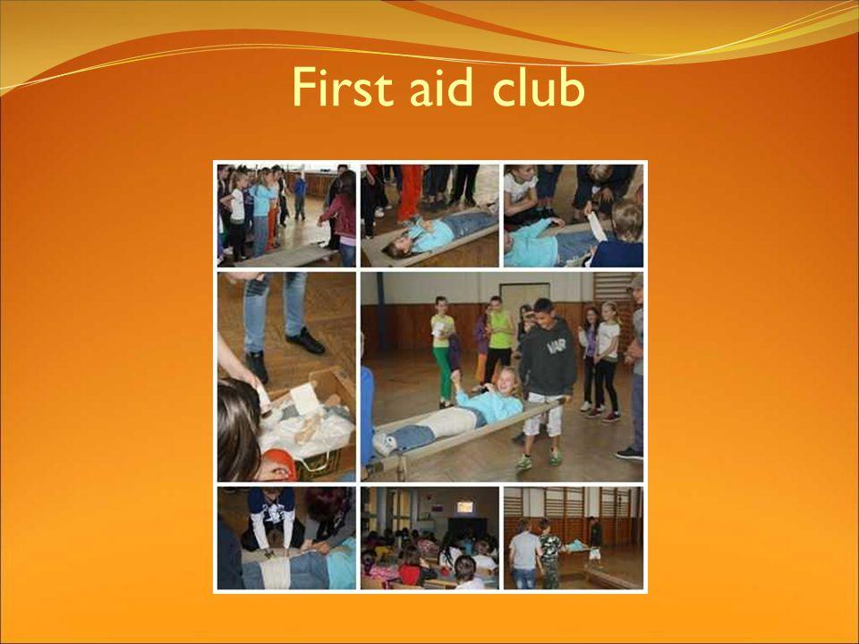 First aid club