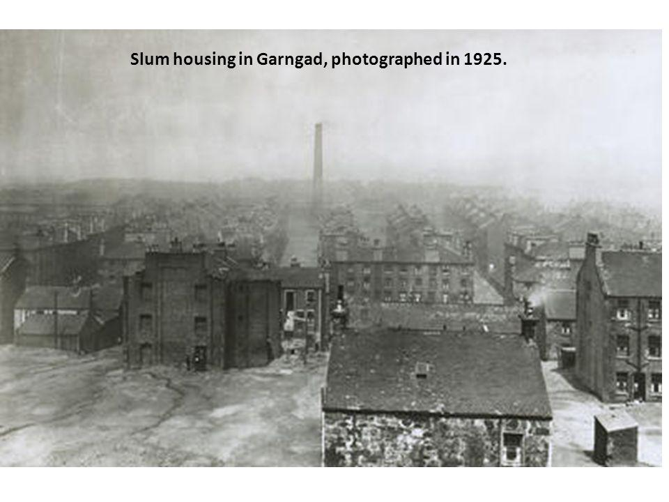 Slum housing in Garngad, photographed in 1925.